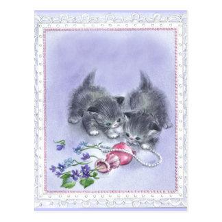 Carte postale antique de perles de chatons