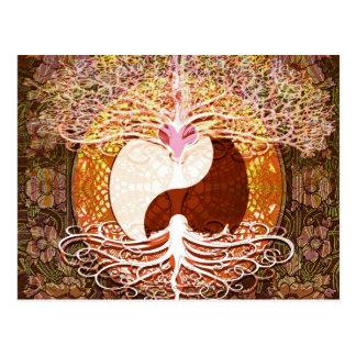 Carte Postale Arbre de coeur de Ying Yang de la vie