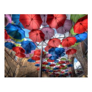Carte Postale Art de parapluie du marché de ville, Londres