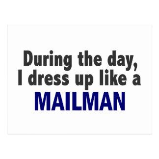 Carte Postale Au cours de la journée je m'habille comme un
