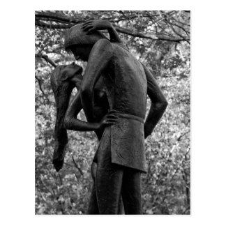 Carte Postale Automne de Central Park : Statue 01 B&W de Romeo