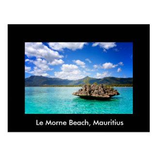 Carte postale avec la plage du thème des Îles