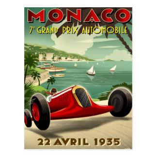 Carte postale avec le moteur vintage emballant l'a