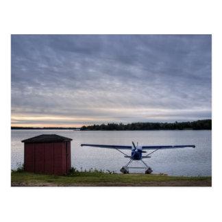 Carte Postale Avion au coucher du soleil