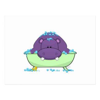 Carte Postale Baigner l'hippopotame pourpre