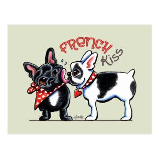 Carte Postale Baiser de bouledogue français