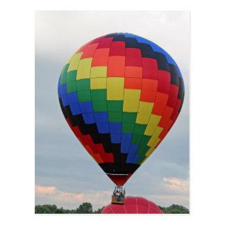 Carte Postale Ballon !   Zigzag coloré !