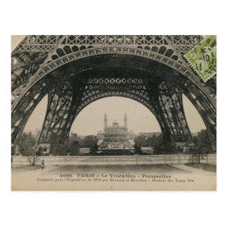 Carte Postale Base noire et blanche de Tour Eiffel