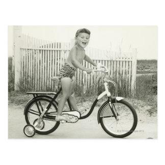 Carte Postale Bicyclette d'équitation de fille