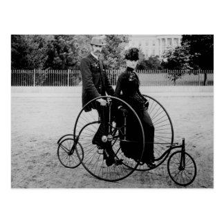 Carte Postale Bicyclette pour deux à la Maison Blanche 1886