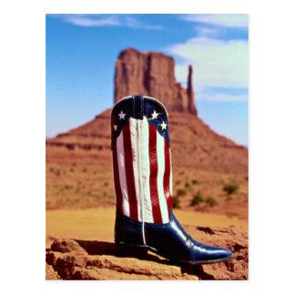 Carte Postale Botte de cowboy solitaire, vallée de monument,