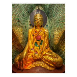 Carte Postale Bouddha d'or dans le temple