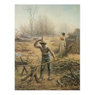 Carte Postale Bûcheron préparant le bois de chauffage par le