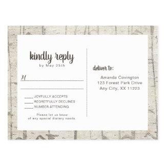 Carte Postale Buffet rustique de rsvp de mariage en bois de