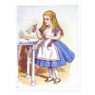 Carte Postale Buvez-moi, Alice !