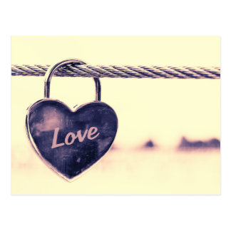 Carte Postale Cadenas en forme de coeur d'amour
