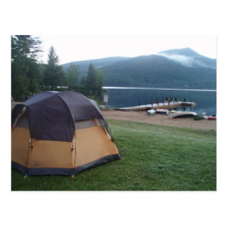 Carte Postale Camper sur le lac bleu mountain dans l'Adirondacks