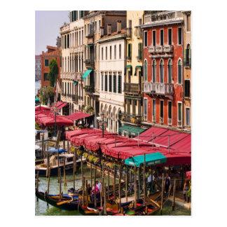 Carte Postale Canal grand de Venise Italie avec des bateaux de