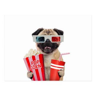 Carte Postale Carlin observant un film