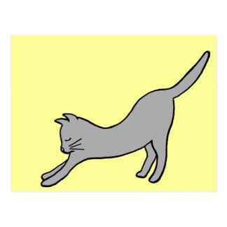 Carte Postale Chat de étirage gris sur le jaune