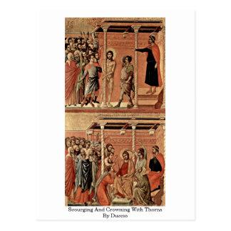 Carte Postale Châtier et couronner avec des épines par Duccio