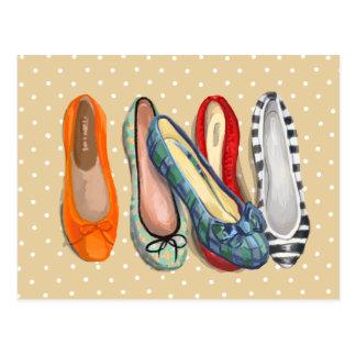 Carte Postale Chaussures - pantoufles minuscules