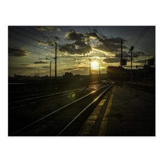 Carte Postale Chemins de fer de Catane au coucher du soleil