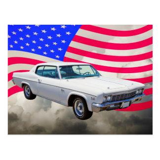 Carte Postale Chevrolet Caprice 1966 avec le drapeau américain