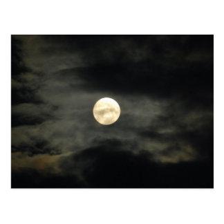 Carte Postale Ciel nocturne - pleine lune et nuages foncés