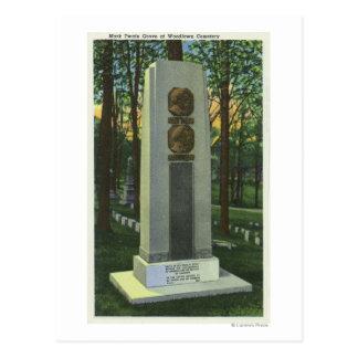 Carte Postale Cimetière de Woodlawn, scène de pierre tombale de