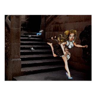Carte Postale Cindy et les souris sur des escaliers