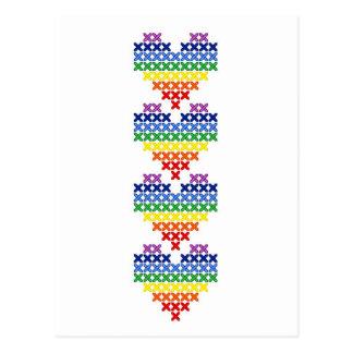 Carte Postale Coeurs d'arc-en-ciel piqués par croix