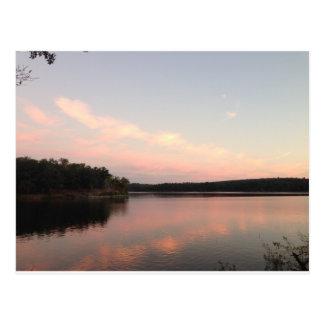 Carte Postale Coucher du soleil au-dessus du lac de l'Arbuckles