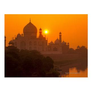 Carte Postale Coucher du soleil chez le Taj Mahal