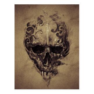 Carte Postale Crâne de tatouage au-dessus de papier vintage