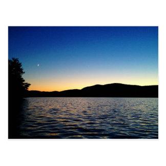 Carte Postale Crépuscule sur le lac bleu mountain, NY
