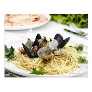 Carte Postale Cuisine italienne. Alle vongole. de spaghetti