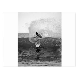 Carte Postale Danois Reynolds de surfer surfant le Salvador