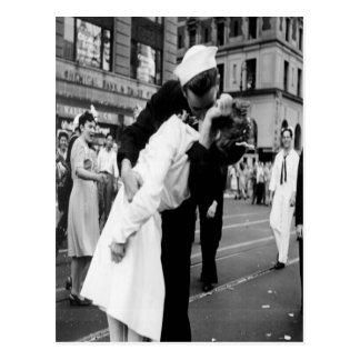 Carte postale de baiser de baiser du cru Couple.Hu