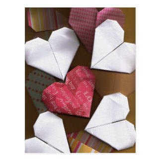 Carte postale de coeurs d'origami