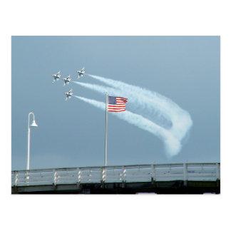 Carte postale de combat de drapeau américain des