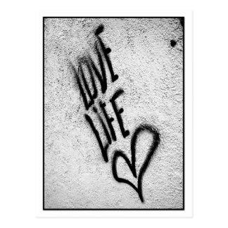 Carte postale de graffiti de la vie d'amour