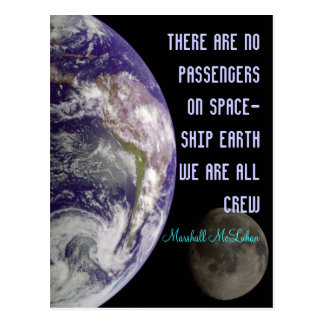 carte postale de la terre de vaisseau spatial