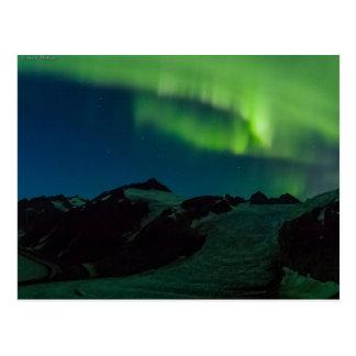Carte postale de lumières du nord de champ de