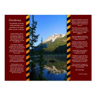 Carte postale de montagne de crête de neige de