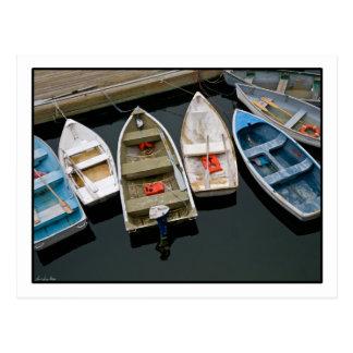 Carte postale de pendillement de bateaux de rangée