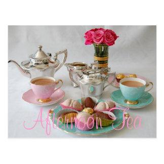 Carte postale de thé d'après-midi