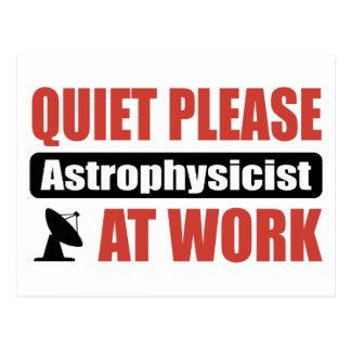 Carte Postale De tranquillité astrophysicien svp au travail