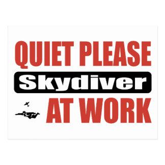 Carte Postale De tranquillité parachutiste svp au travail