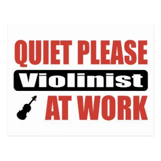 Carte Postale De tranquillité violoniste svp au travail